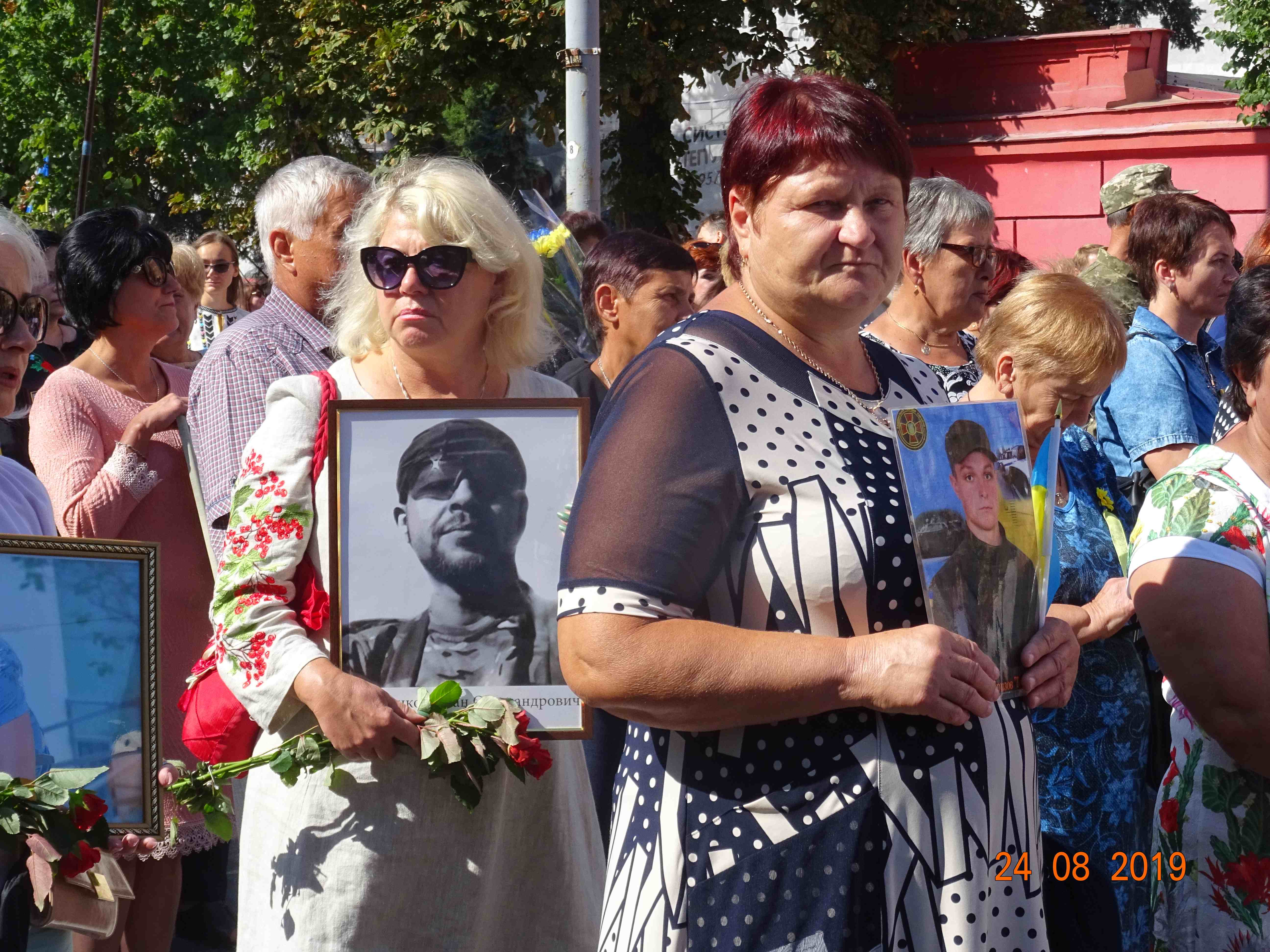 Defenders-of-Ukraine-Parad-24.Aug.19 - DSC05939.jpg
