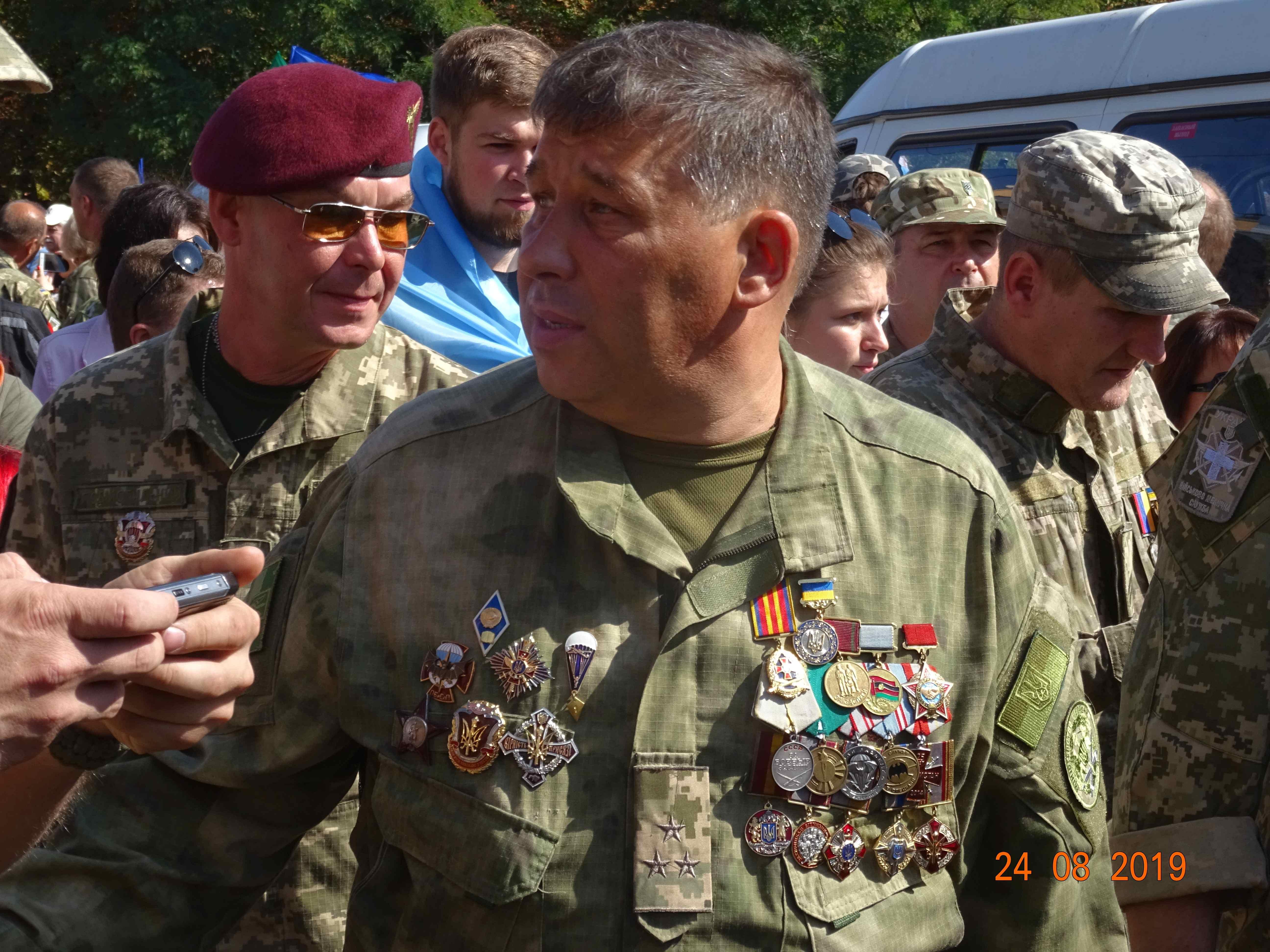Defenders-of-Ukraine-Parad-24.Aug.19 - DSC06030.jpg