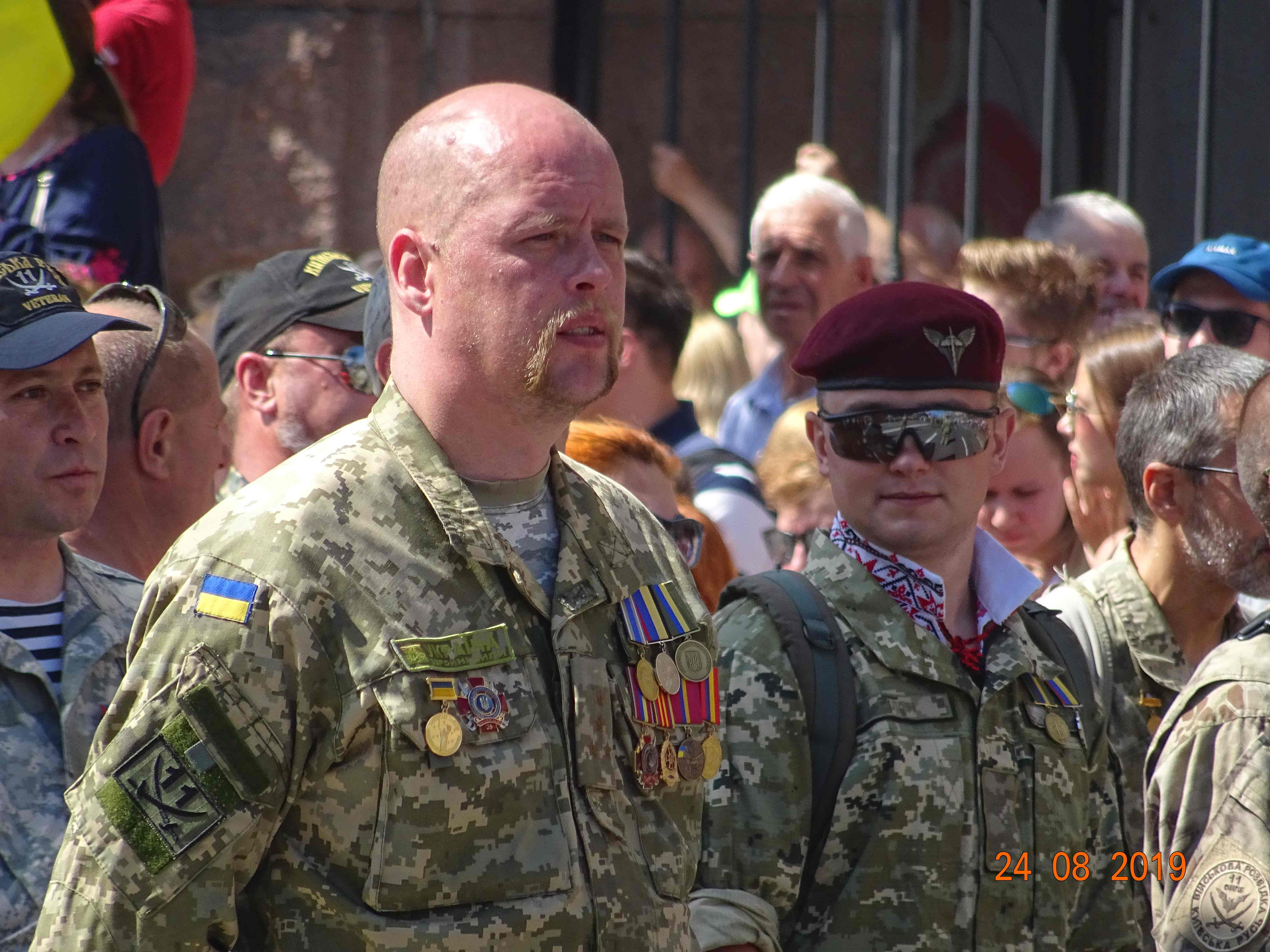 Defenders-of-Ukraine-Parad-24.Aug.19 - DSC06193.jpg
