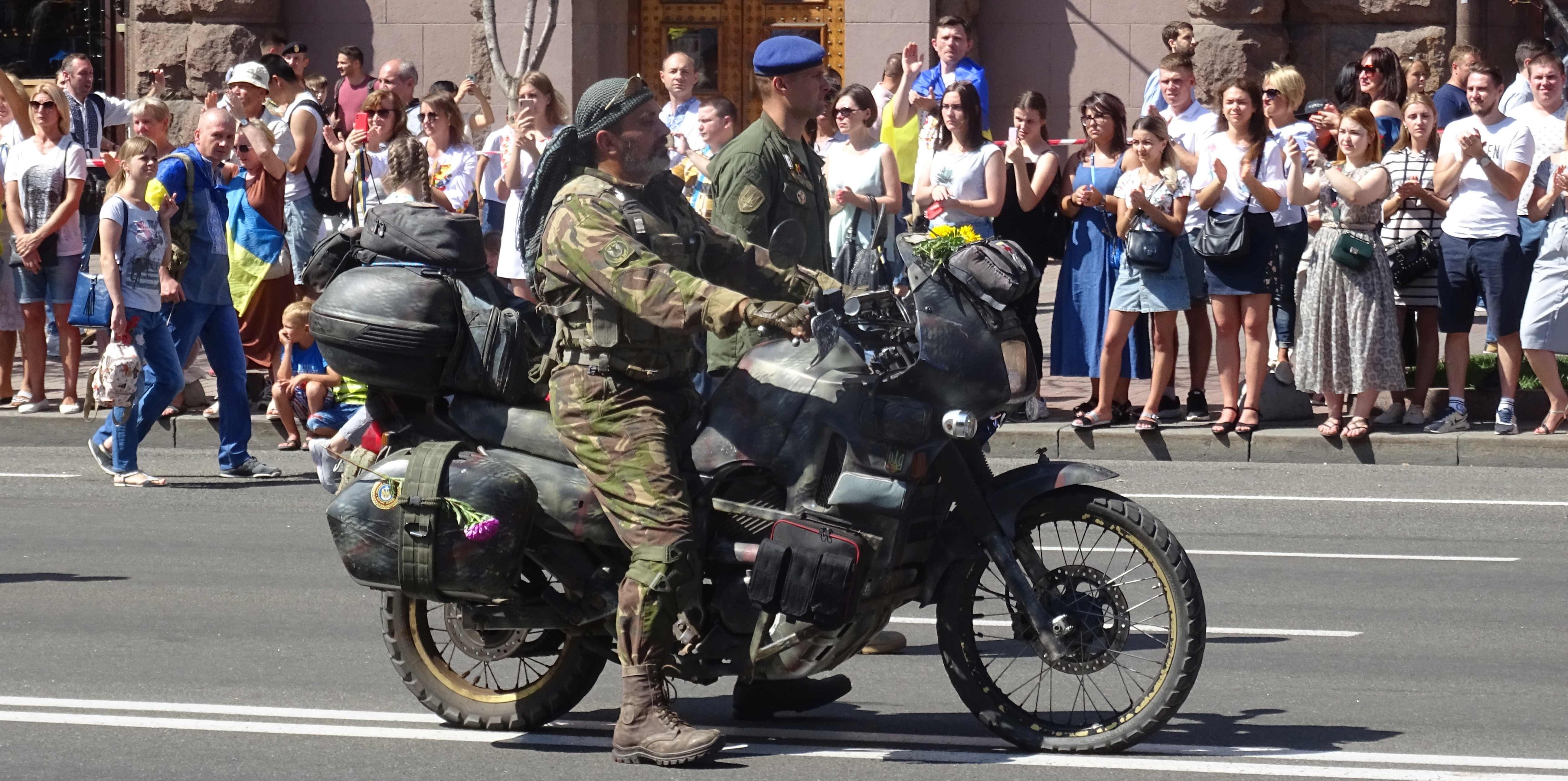 Defenders-of-Ukraine-Parad-24.Aug.19 - DSC06253.jpg