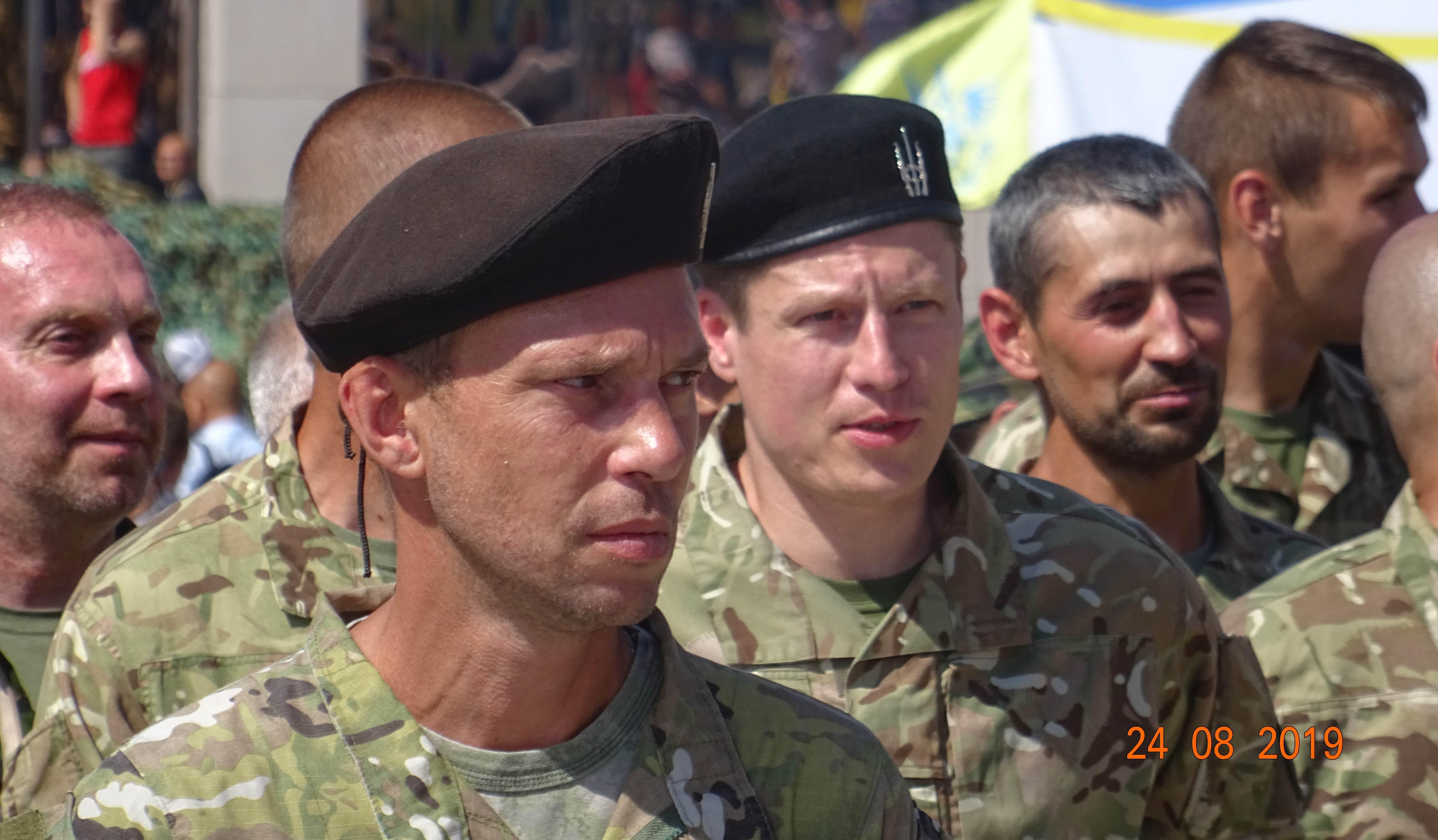 Defenders-of-Ukraine-Parad-24.Aug.19 - DSC06370.jpg