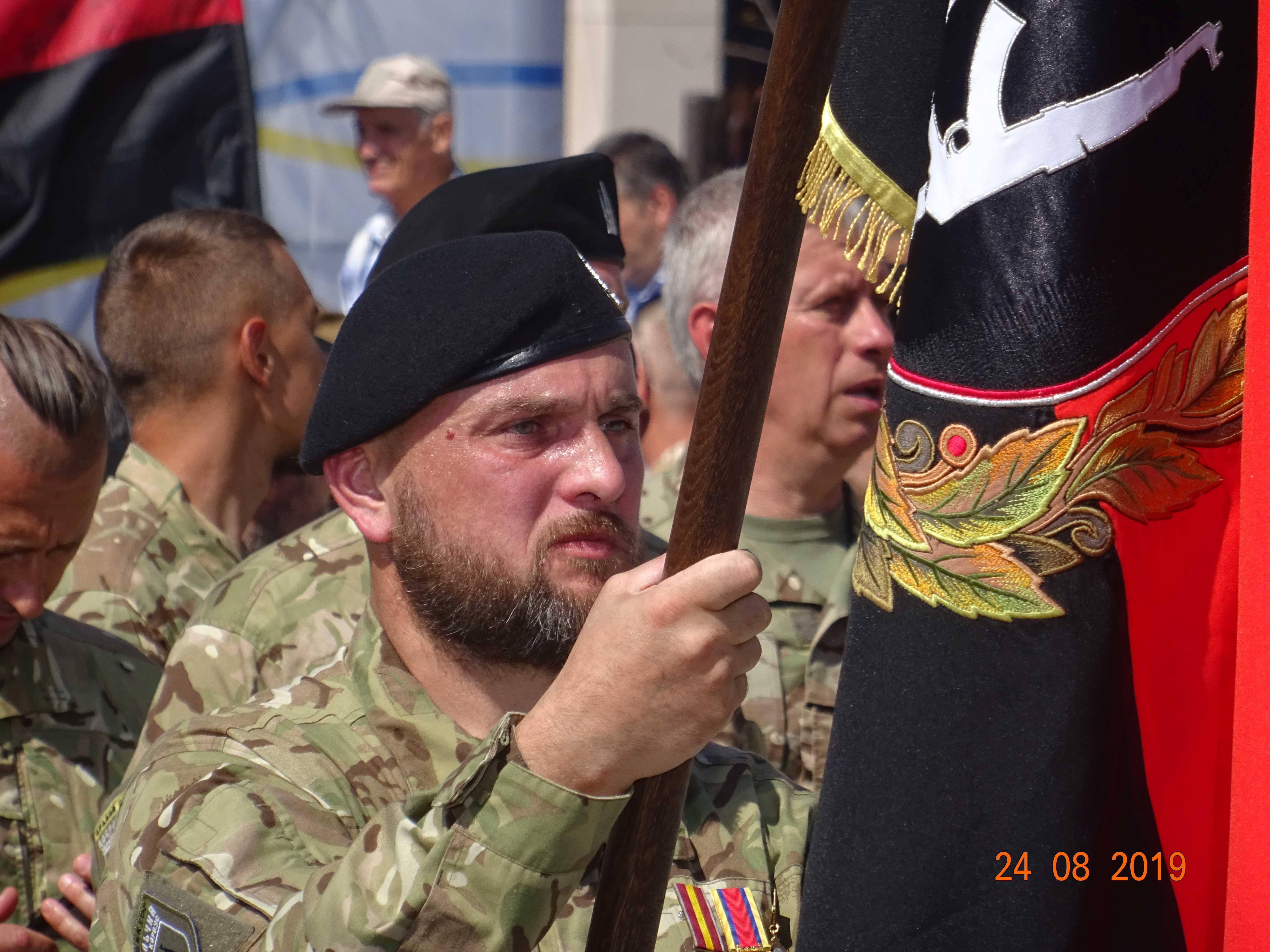 Defenders-of-Ukraine-Parad-24.Aug.19 - DSC06371.jpg