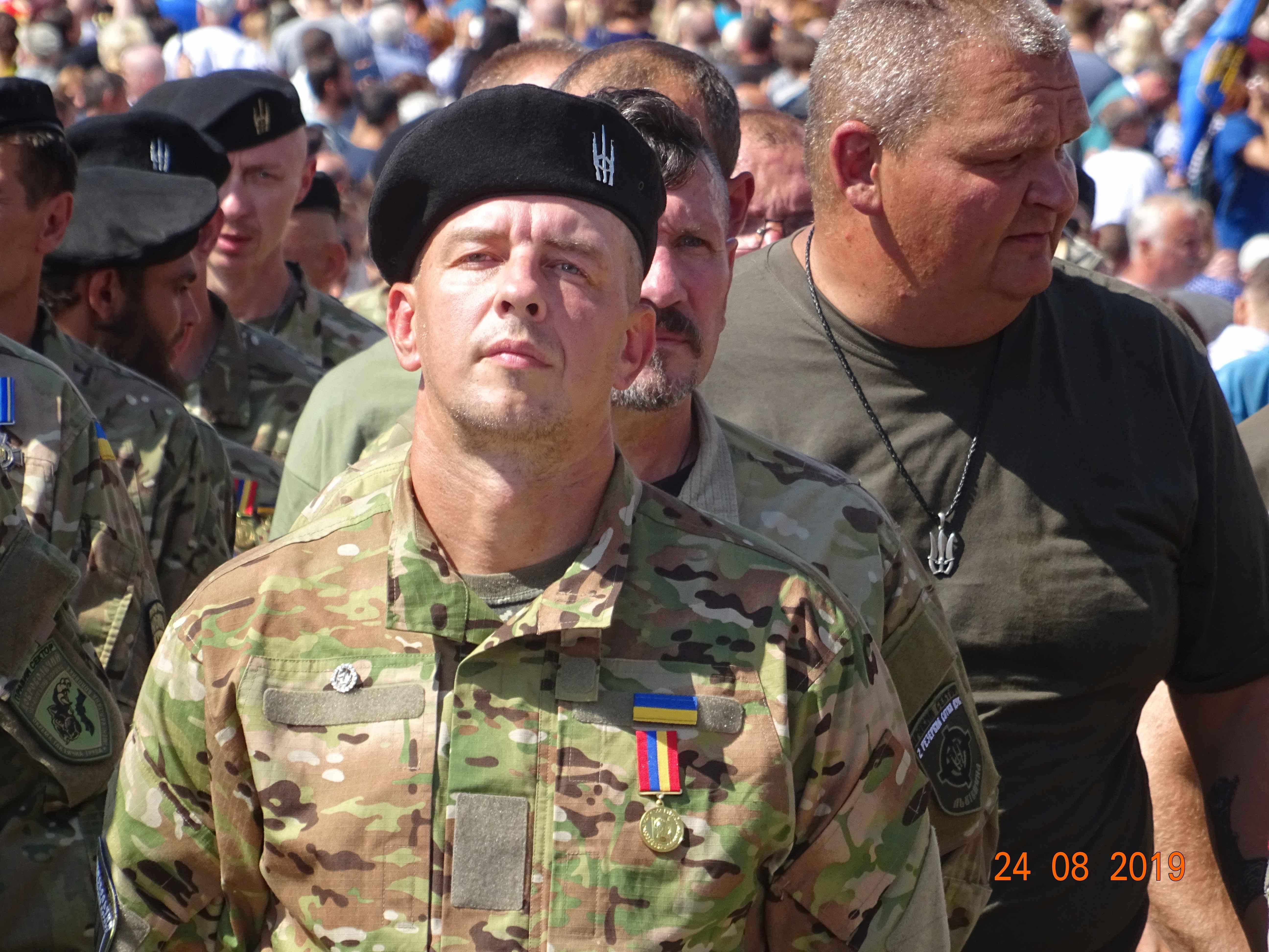 Defenders-of-Ukraine-Parad-24.Aug.19 - DSC06374.jpg