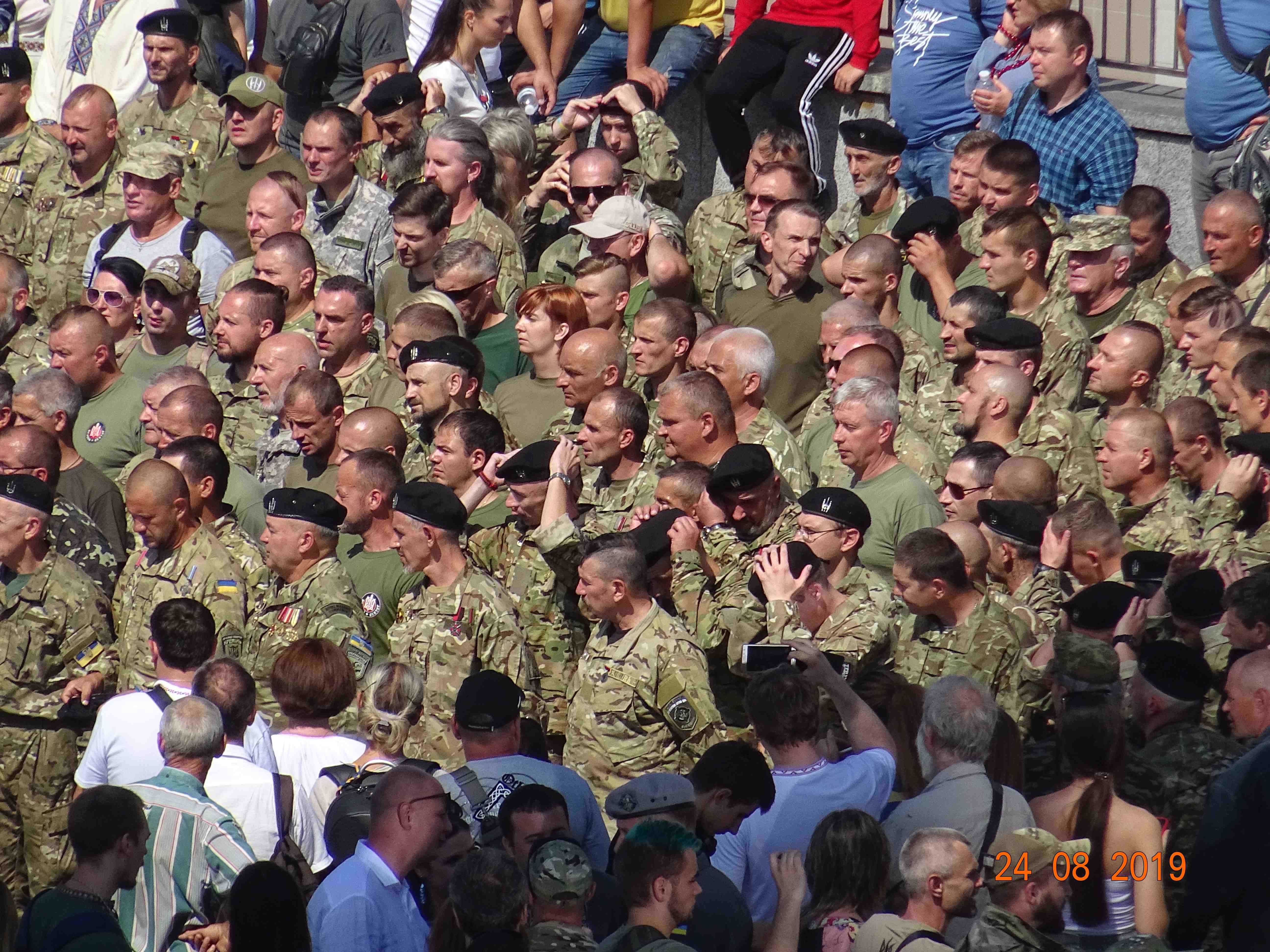 Defenders-of-Ukraine-Parad-24.Aug.19 - DSC06400.jpg