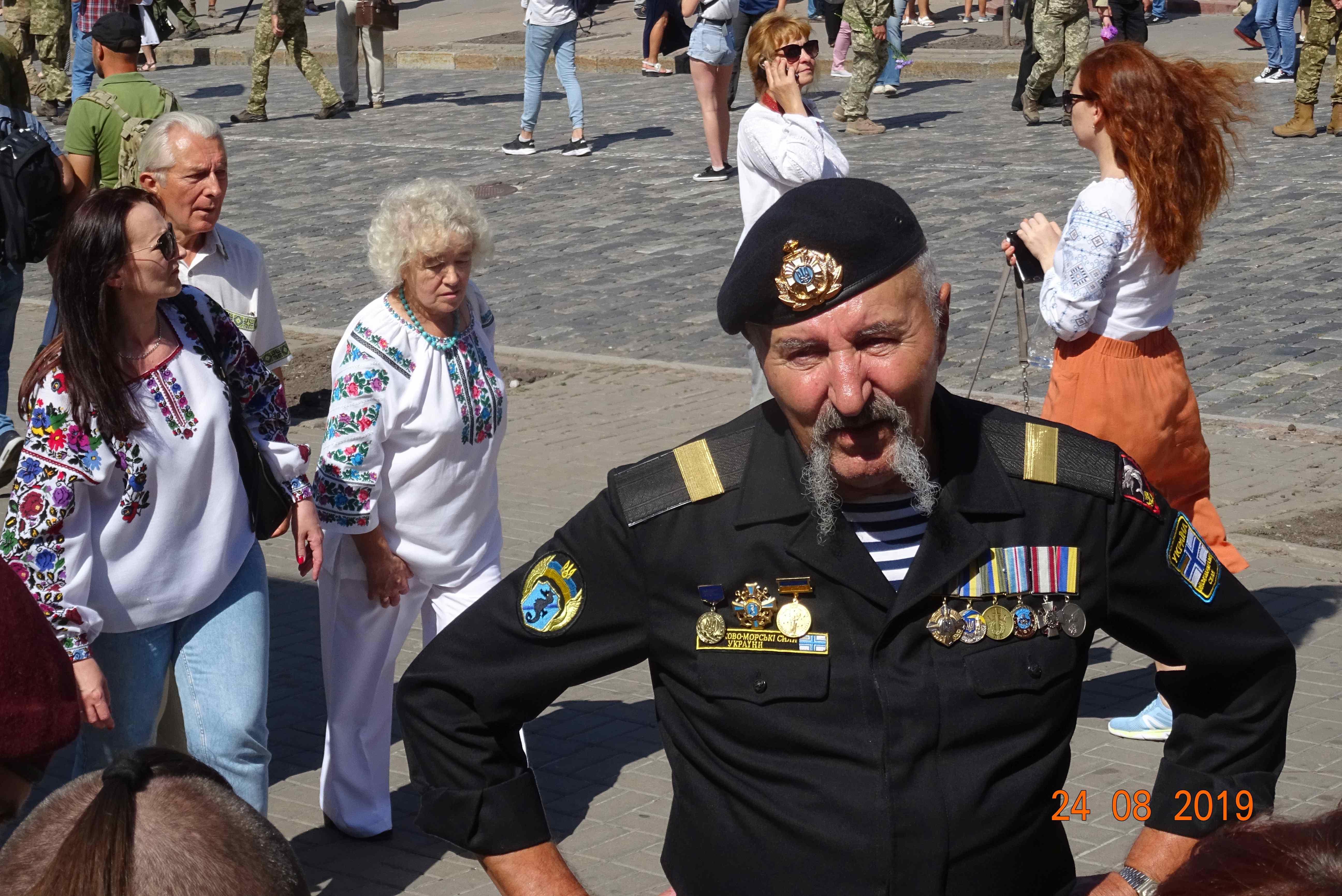 Defenders-of-Ukraine-Parad-24.Aug.19 - DSC06415.jpg