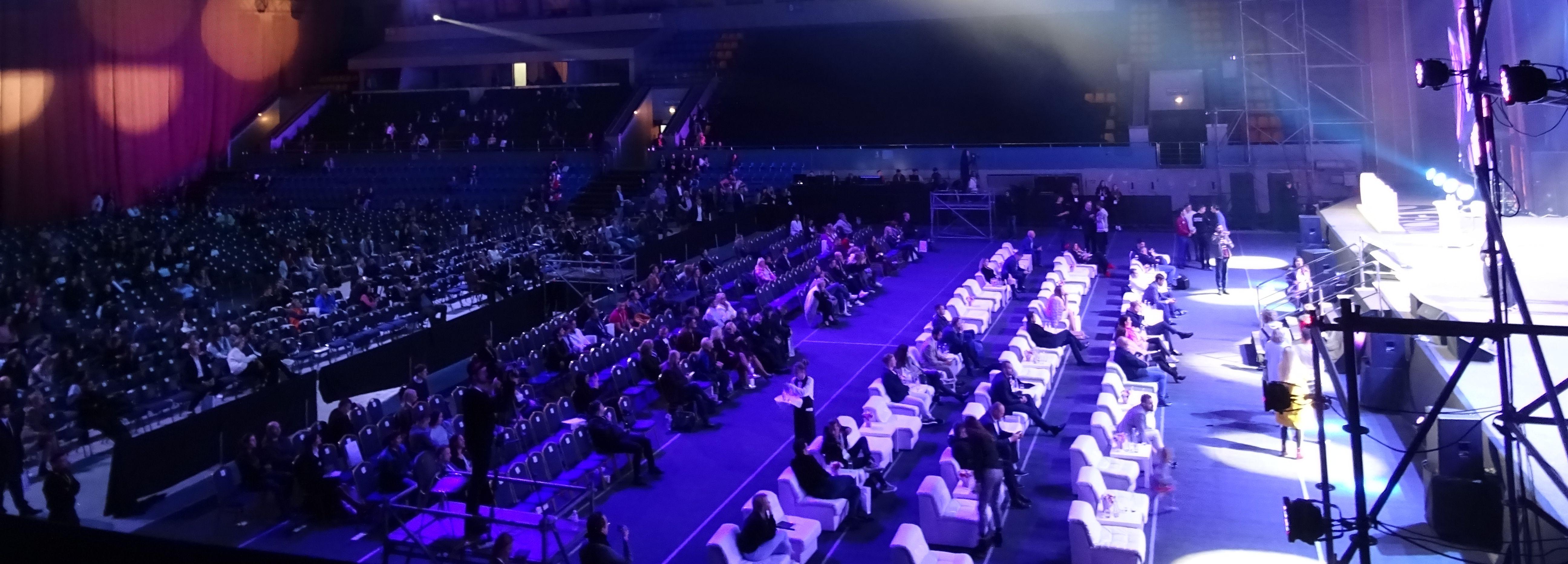 Olerom-Forum-2018-Kyiv-Ukraine-18-59-Event-Hall-During-Speach-of-Jimmy-Wales-Founder-of-Wikipedia-2-DSC09563.jpg