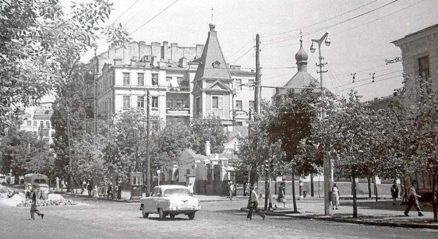 Trinity-Church-Kyiv-1962 - Trinity-Church-Kyiv-Troicka-Tserkva-1.jpg